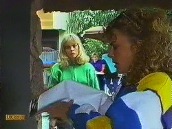 Jane Harris, Charlene Mitchell in Neighbours Episode 0608