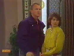 Jim Robinson, Beverly Marshall in Neighbours Episode 0608