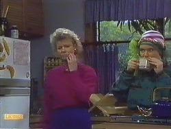 Helen Daniels, Lucy Robinson in Neighbours Episode 0609