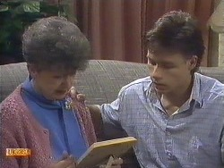 Nell Mangel, Mike Young in Neighbours Episode 0610