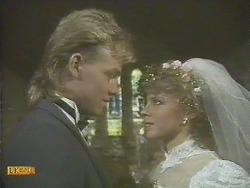 Scott Robinson, Charlene Mitchell in Neighbours Episode 0610
