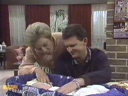 Eileen Clarke, Jamie Clarke, Des Clarke in Neighbours Episode 0610