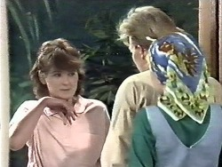 Chrissy, Scott Robinson, Lucy Robinson in Neighbours Episode 0612