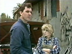 Greg Cooper, Charlene Mitchell in Neighbours Episode 0612