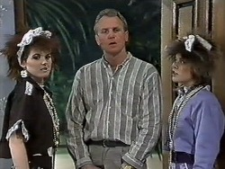 Chrissy, Jim Robinson, Lucy Robinson in Neighbours Episode 0613