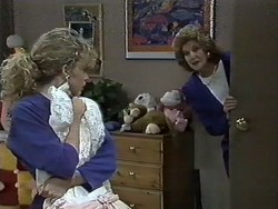 Charlene Robinson, Madge Ramsay in Neighbours Episode 0613