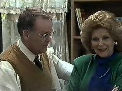 Harold Bishop, Madge Bishop in Neighbours Episode 0614