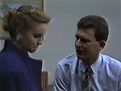 Sally Wells, Des Clarke in Neighbours Episode 0615