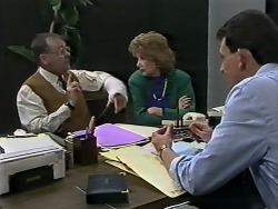 Harold Bishop, Madge Bishop, Des Clarke in Neighbours Episode 0615