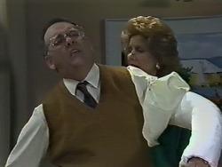Harold Bishop, Madge Bishop in Neighbours Episode 0615