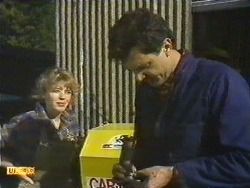 Charlene Mitchell, Greg Cooper in Neighbours Episode 0616