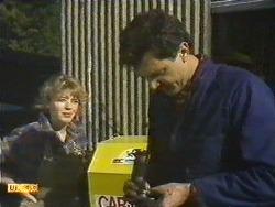 Charlene Robinson, Greg Cooper in Neighbours Episode 0616