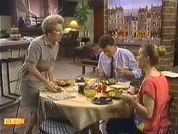Eileen Clarke, Des Clarke, Sally Wells in Neighbours Episode 0616