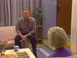 Jim Robinson, Helen Daniels in Neighbours Episode 0617