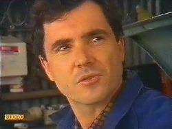 Greg Cooper in Neighbours Episode 0617