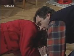 Helen Daniels, Karl Kennedy in Neighbours Episode 2691