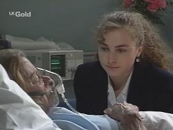 Helen Daniels, Debbie Martin in Neighbours Episode 2692