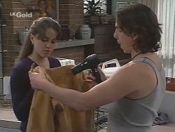Libby Kennedy, Darren Stark in Neighbours Episode 2692