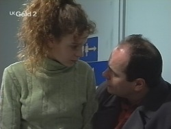 Hannah Martin, Philip Martin in Neighbours Episode 2693