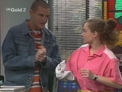 Luke Handley, Debbie Martin in Neighbours Episode 2694