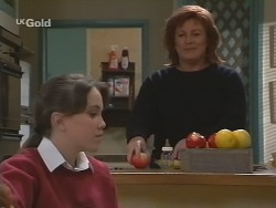 Libby Kennedy, Cheryl Stark in Neighbours Episode 2698
