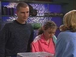 Luke Handley, Debbie Martin, Danni Stark in Neighbours Episode 2700