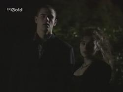 Luke Handley, Debbie Martin in Neighbours Episode 2701