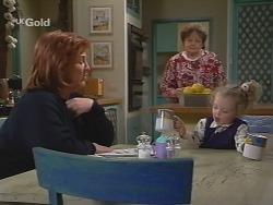 Cheryl Stark, Marlene Kratz, Louise Carpenter (Lolly) in Neighbours Episode 2702