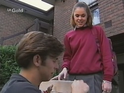 Malcolm Kennedy, Shona Munro in Neighbours Episode 2702