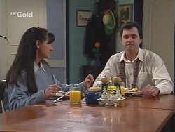 Susan Kennedy, Karl Kennedy in Neighbours Episode 2702