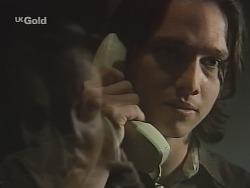 Libby Kennedy, Darren Stark in Neighbours Episode 2702