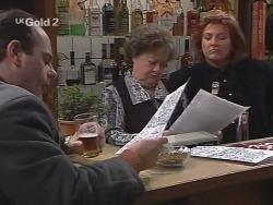Philip Martin, Marlene Kratz, Cheryl Stark in Neighbours Episode 2703