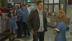 Summer Hoyland, Andrew Robinson, Chris Pappas, Michael Williams, Natasha Williams in Neighbours Episode 6179