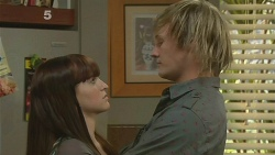 Summer Hoyland, Andrew Robinson in Neighbours Episode 6179