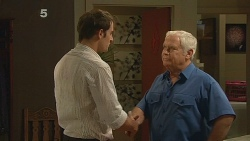 Kyle Canning, Lou Carpenter in Neighbours Episode 6180