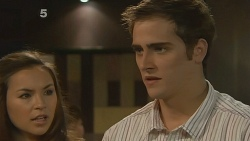 Jade Mitchell, Kyle Canning in Neighbours Episode 6180