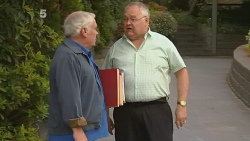 Lou Carpenter, Harold Bishop in Neighbours Episode 6181