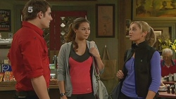 Kyle Canning, Jade Mitchell, Nikki Mays in Neighbours Episode 6181