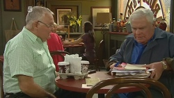 Harold Bishop, Lou Carpenter in Neighbours Episode 6181