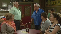 Carolyn Johnston, Harold Bishop, Lou Carpenter, Toadie Rebecchi, Kate Ramsay in Neighbours Episode 6181