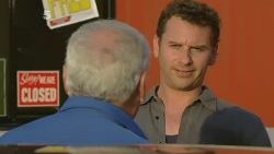 Lou Carpenter, Lucas Fitzgerald in Neighbours Episode 6181