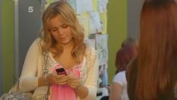 Natasha Williams, Summer Hoyland in Neighbours Episode 6182