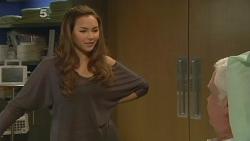 Jade Mitchell, Lou Carpenter in Neighbours Episode 6182