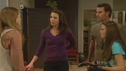Sonya Mitchell, Kate Ramsay, Lucas Fitzgerald, Sophie Ramsay in Neighbours Episode 6183