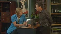Andrew Robinson, Paul Robinson in Neighbours Episode 6184
