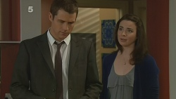 Mark Brennan, Kate Ramsay in Neighbours Episode 6187
