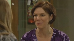 Sonya Mitchell, Cathy McPhee in Neighbours Episode 6187