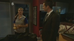 Jade Mitchell, Mark Brennan in Neighbours Episode 6188