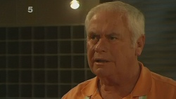 Lou Carpenter in Neighbours Episode 6188