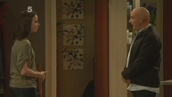 Kate Ramsay, Supt. Duncan Hayes in Neighbours Episode 6189